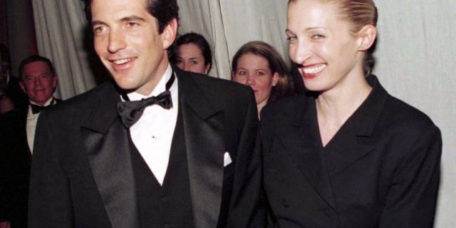 The late John F. Kennedy Jr. and Carolyn Bessette-Kennedy were popular paparazzi targets since they started dating. Wanting no unwanted snapshots at their wedding, the two stealthily tied the knot in 1996 after six months of careful planning.