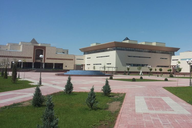 Uzbekistan's troubled Nukus Museum embroiled in new row