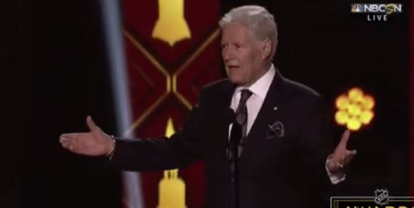 Ailing 'Jeopardy!' host Alex Trebek gets standing ovation at NHL Awards show