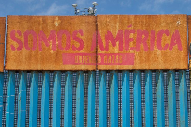 Can art bring the walls down? Washington DC show explores the migrant experience