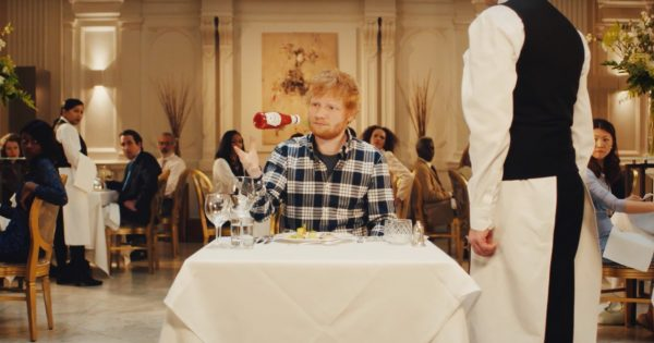 Heinz Ketchup Saves Ed Sheeran From a Fancy Meal in Super Casual New Campaign – Adweek