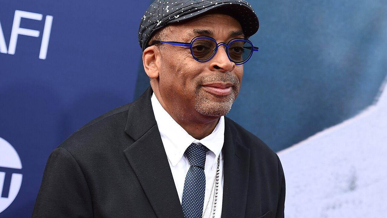 Spike Lee calls for Hollywood to 'shut it down' in Georgia