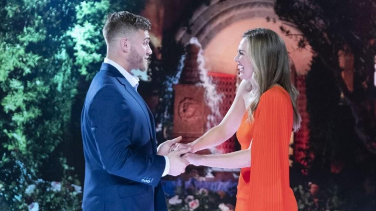 'Bachelorette' star Hannah Brown confesses she had sex 'in a windmill'