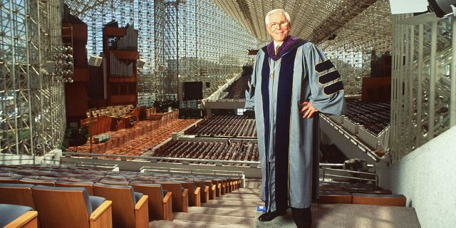 """The Rev. Robert Schuller, founder of the """" Hour Of Power"""" television show and builder of the Crystal Cathedral in Garden Grove, Calif., died at age 88 in 2015. (Getty Images)"""