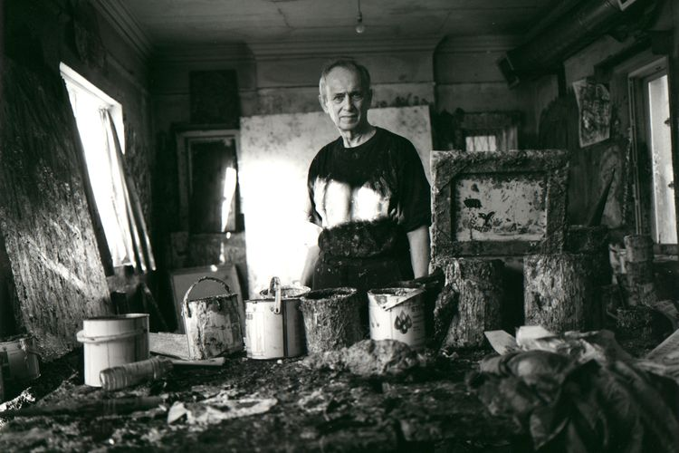 Post-war painter Leon Kossoff, who captured London life and landscapes, dies aged 92