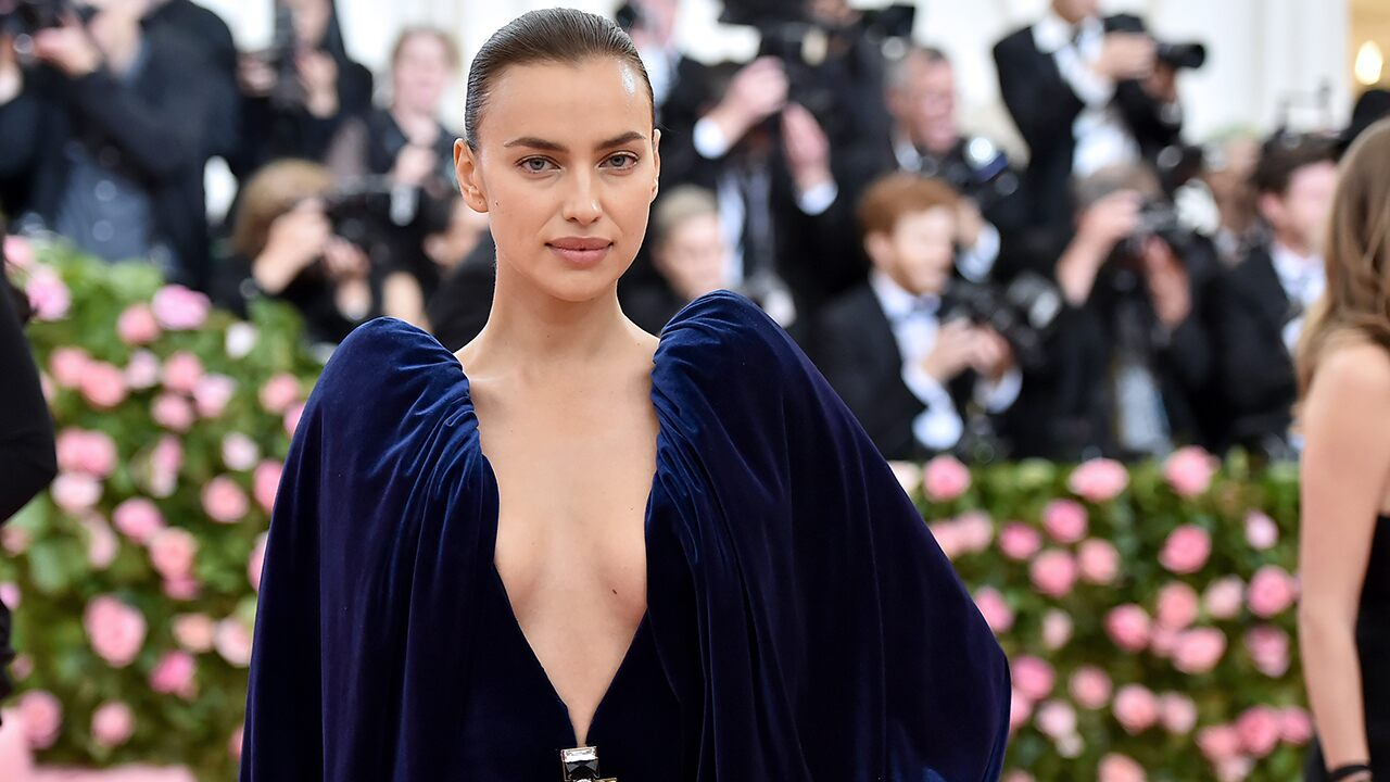 Trolling Bradley Cooper? Irina Shayk fans suggest model's ab-bearing photo sends message to ex