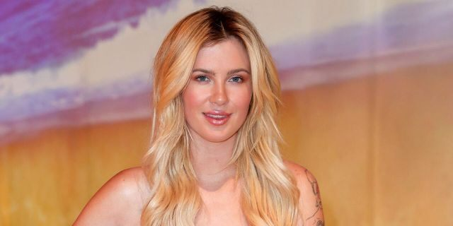 Last month, Ireland Baldwin posted a cheeky photo of herself to Instagram which quickly prompted responses from her father, Alec Baldwin, and uncle, Billy Baldwin.