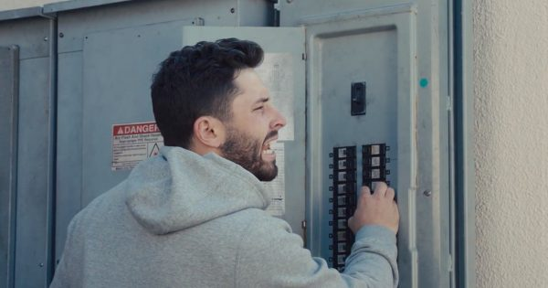 Baker Mayfield Settles Into His New Home, the Browns' Stadium, in Progressive Ad Debut – Adweek