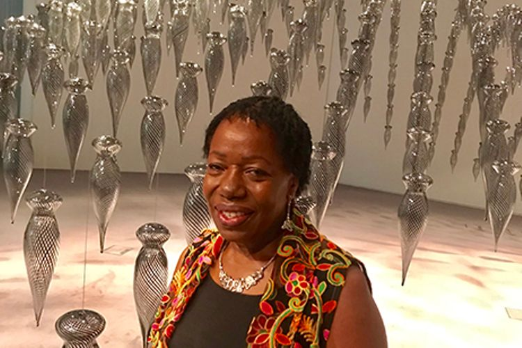 Ceramicist Magdalene Odundo shines in category defying solo Sainsbury Centre show