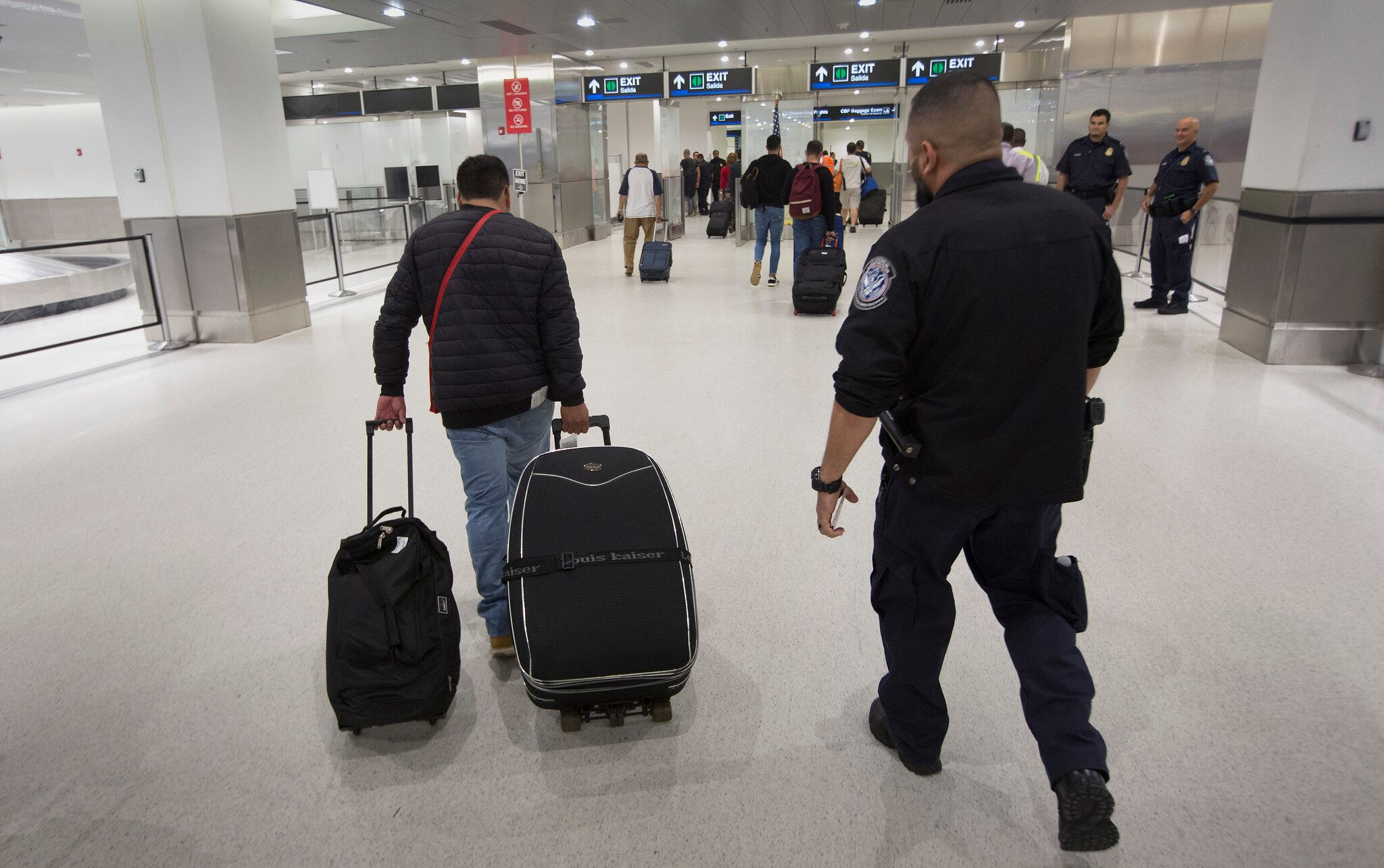 Cuban man, 26, arrested after stowing away on plane to Miami, CBP says
