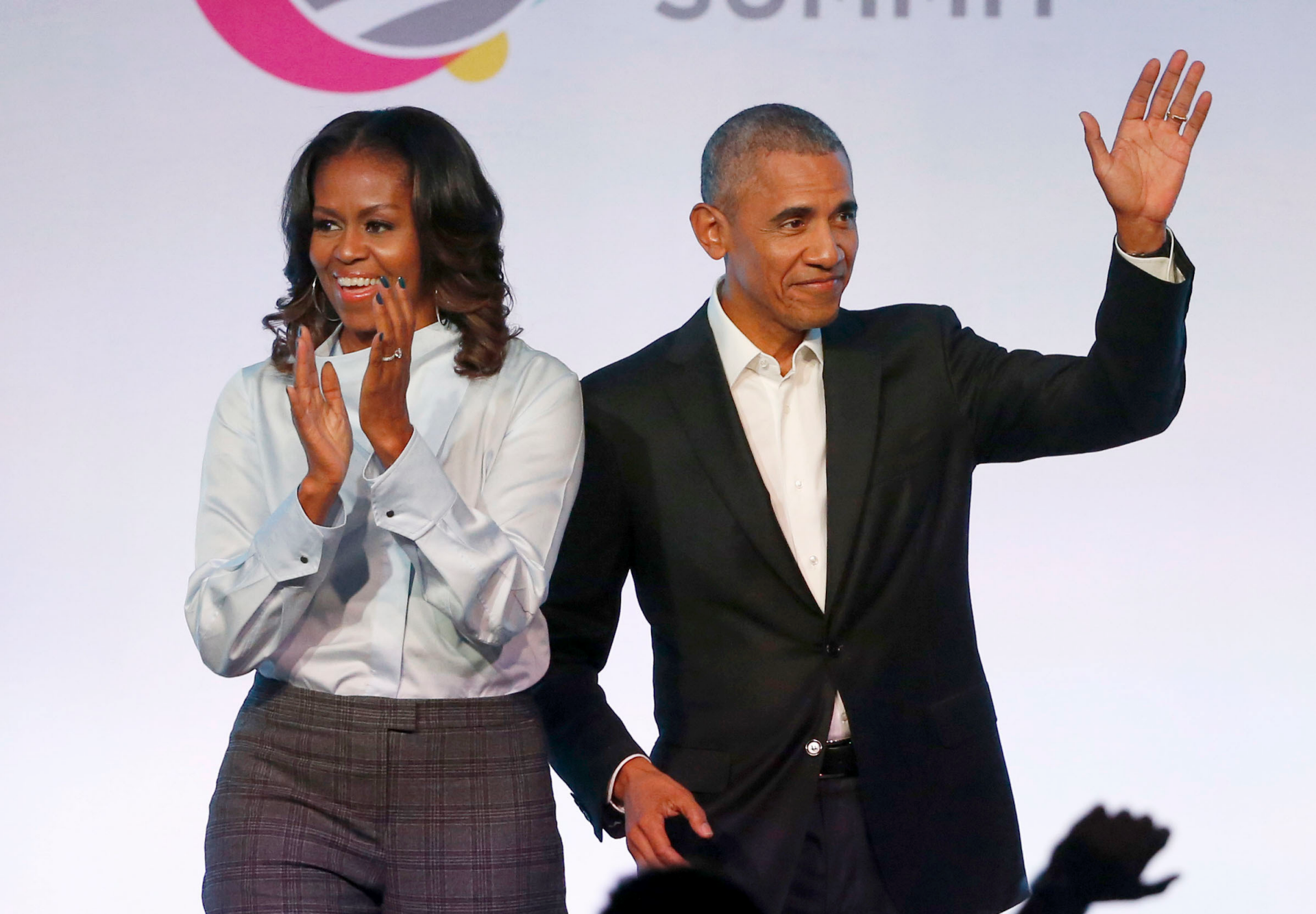 Obamas placed an offer on 'mega-expensive' estate in Martha's Vineyard: report