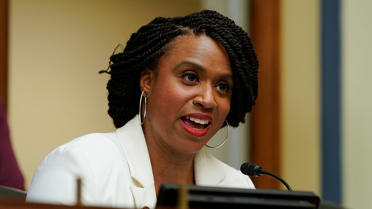 Pressley calls McConnell the 'common enemy' during mass shootings