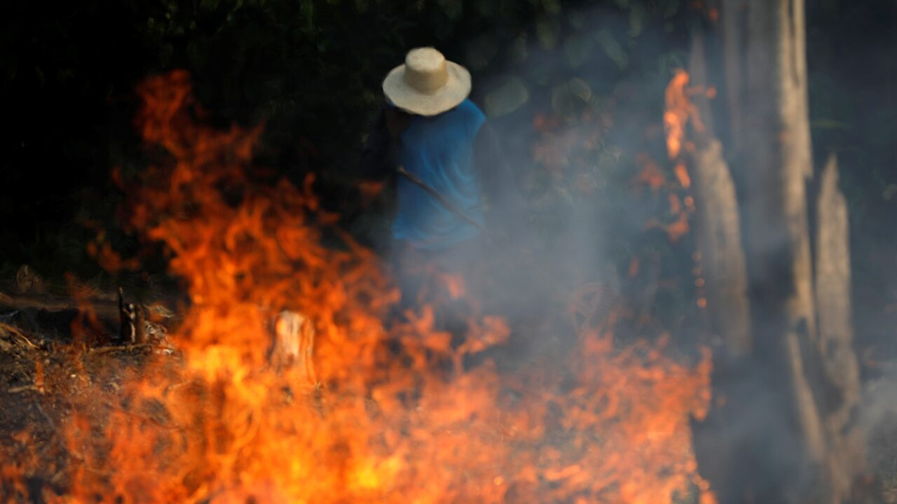 Trump says US 'ready to assist' as Brazil battles sweeping Amazon fires