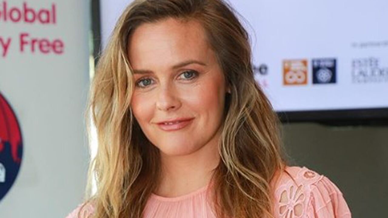 Alicia Silverstone slams Starbucks over wasted cups, charging extra for nondairy milk