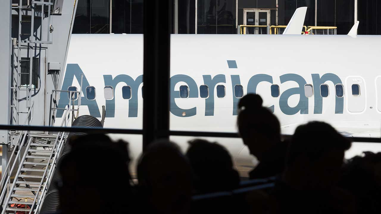American Airlines crew 'not comfortable' with Muslim men on flight, they claim