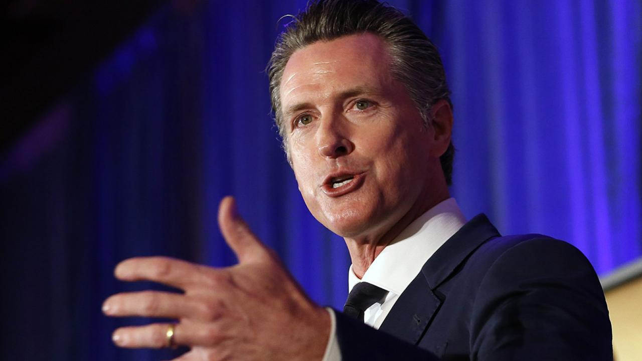 California's Newsom signs bill allowing citizen to refuse to help a police officer