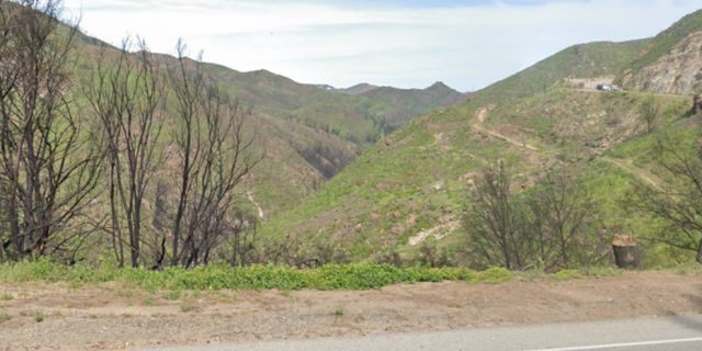 Rescue crews found the group of hikers south of the Backbone trailhead in the Malibu Hills, according to the Los Angeles Times. (Google Maps)