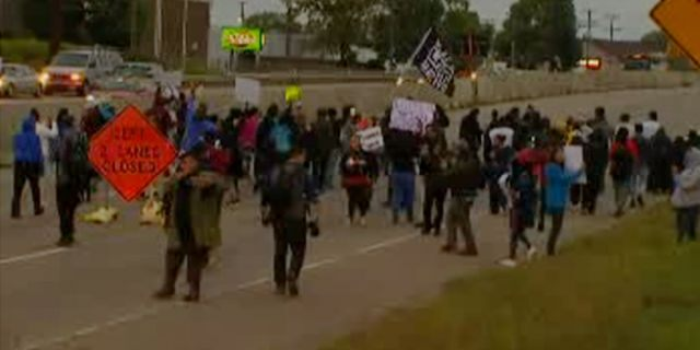 Protesters halted traffic on Interstate 494 in Richfield, Minn., after an officer-involved shooting.