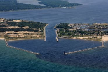 'Floating island' in Michigan lake created by erosion, high water