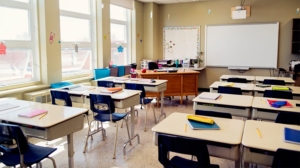 Illinois district includes students of color in groups with first chance at in-person learning: report
