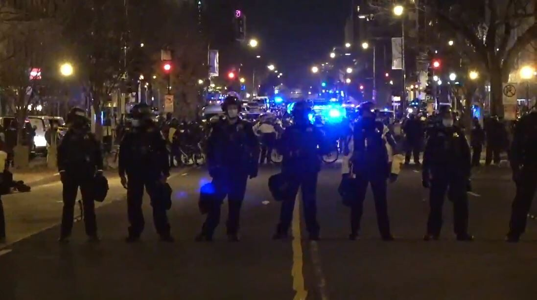 LIVE UPDATES: Trump supporters, counter-protesters in violent clash in DC