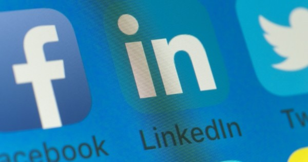 LinkedIn: How to Stop LinkedIn From Showing You Ads Based on Your Groups
