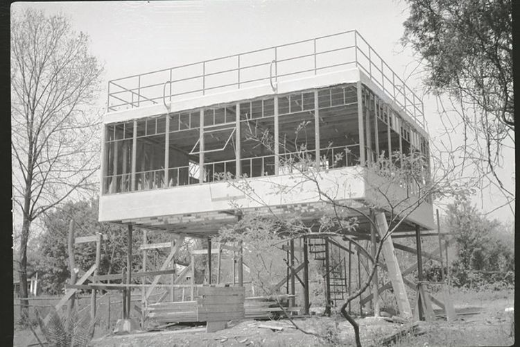Once greeted as a sensation, 1931 aluminum-clad house gets a boost for relocation at the Palm Springs Art Museum in California