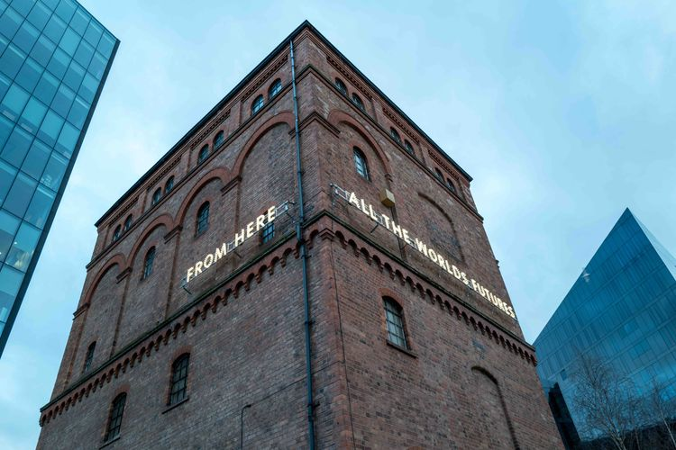 Shining a light in 2020—Nathan Coley's new text sculpture illuminates Liverpool
