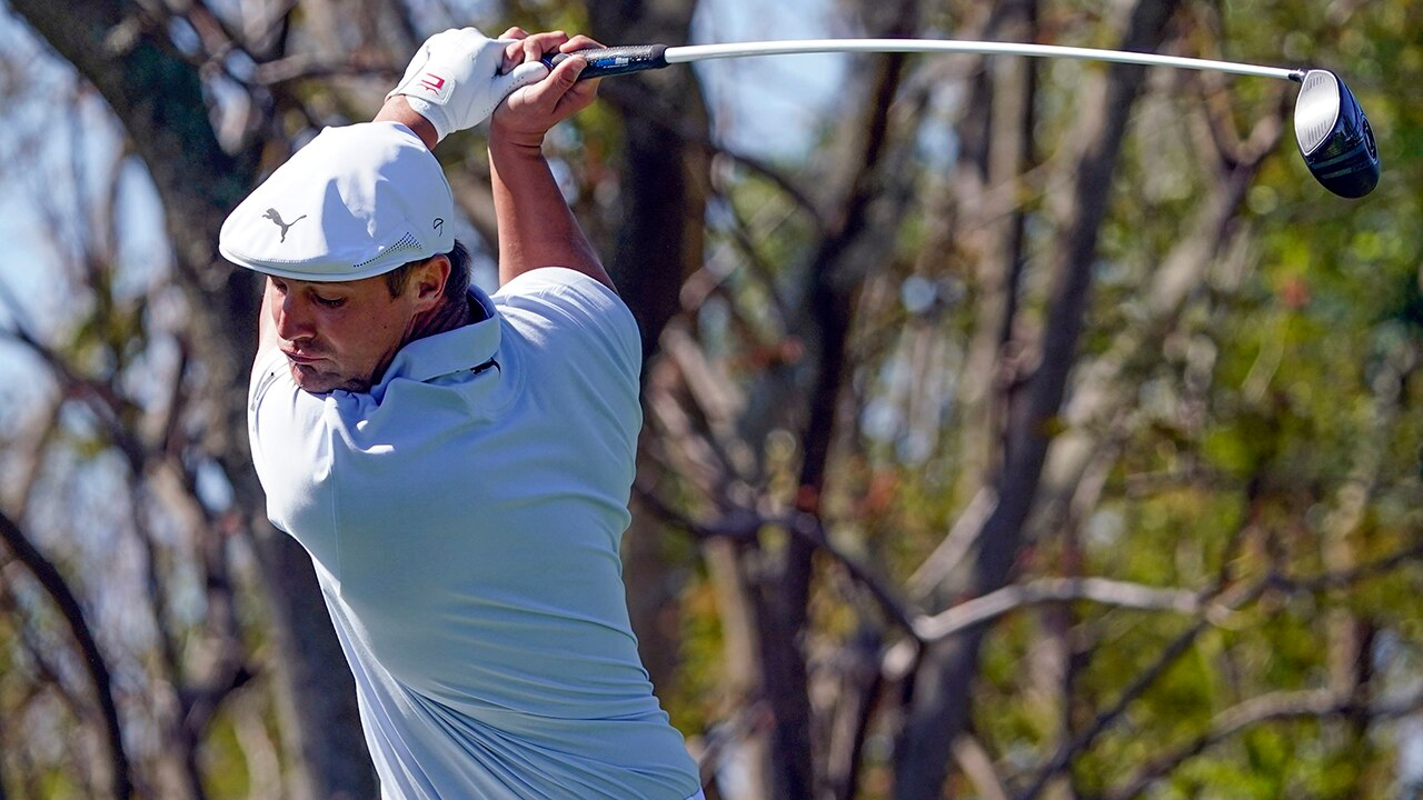 DeChambeau makes big putts to outlast Westwood at Bay Hill