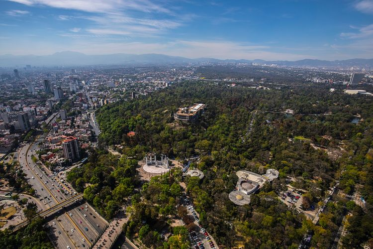 Mexico City's planned cultural complex in Chapultepec Park loses architect