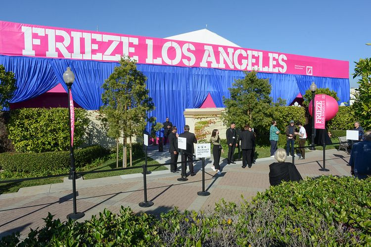 Frieze Los Angeles 2021 is cancelled, new venue for 2022
