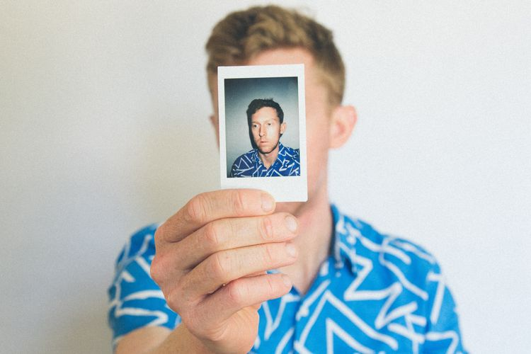 Not all they seem: how galleries can spot fake ID documents