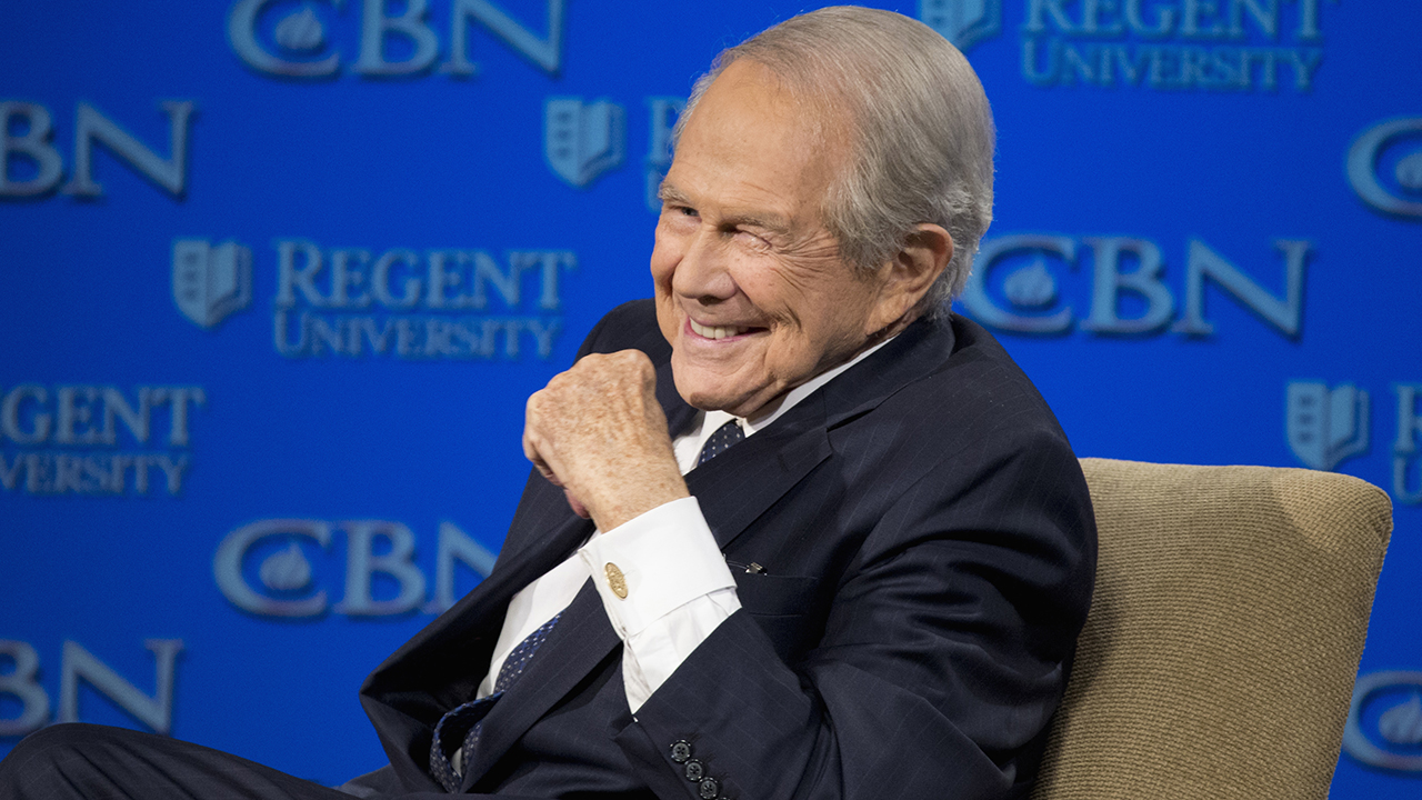 Pat Robertson announces he's stepping down as host of 'The 700 Club'